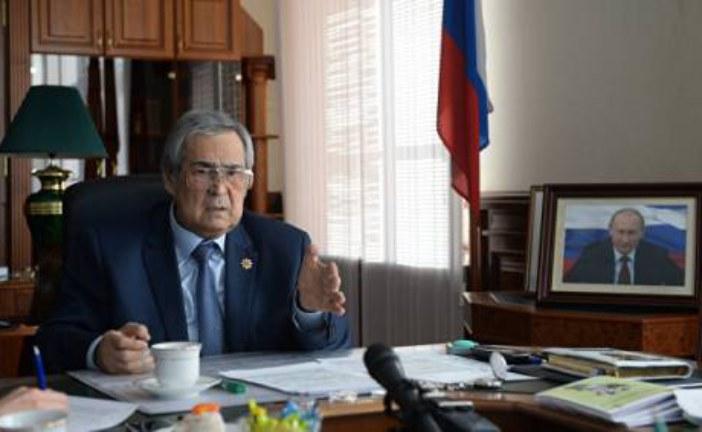 Жириновский приветствует отставку Тулеева